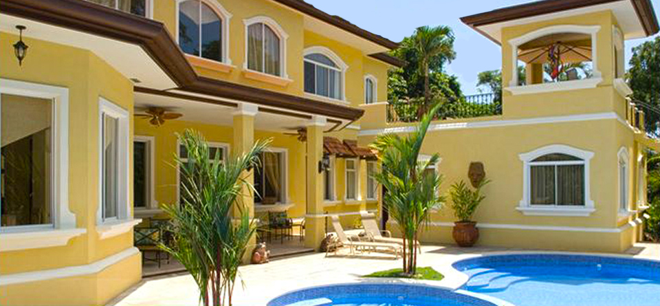 Costa rica luxury homes rentals in los suenos resort costa for Luxury rental costa rica